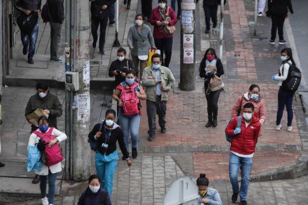 外媒:85国求援IMF 新冠病毒令它们陷入经济危机|外媒