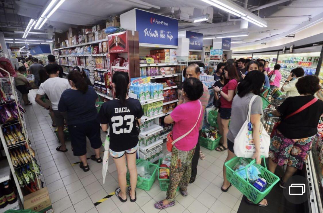 传言总理确诊将封城 引发抢购潮 新加坡再次呼吁供应充足勿传谣