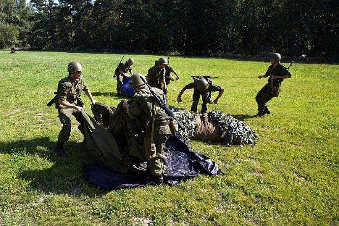 """俄出动""""充气军团"""",2个半小时后,土耳其军队集体撤离战场"""