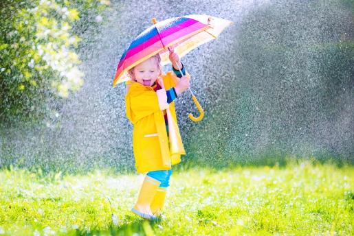 """春天气温变化大家长给孩子穿衣要掌握""""3暖2凉""""!"""
