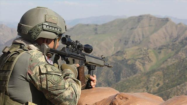 土耳其对俄罗斯阳奉阴违,嘴上停火暗中却动武,又打死百余人