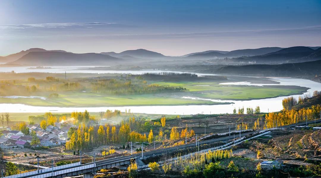 沂河岸边花锦绣:摄影师镜头里的沂河之美
