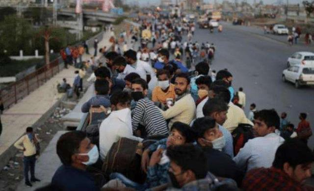 印度多少人口_印度有多少人住在贫民窟?