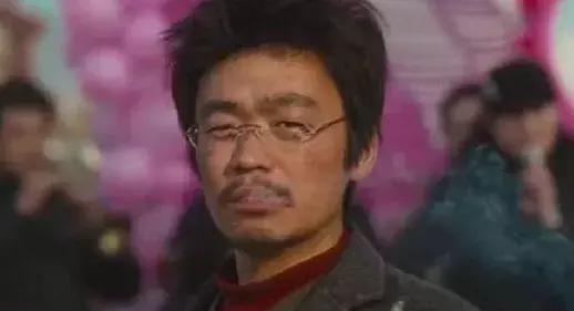 明星抽烟的境界:刘德华烟灰不掉