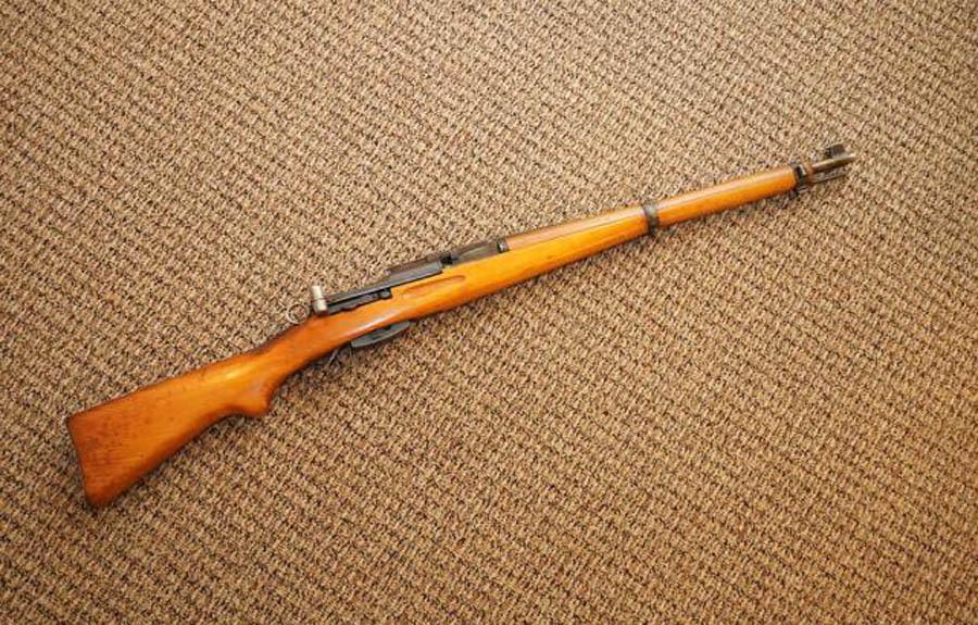 """瑞士人就是讲究,枪支都做得像""""工艺品"""",号称二战最好用的步枪"""