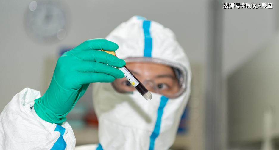 個別健康人也可能攜帶病毒嗎?我們看看專家怎么回復
