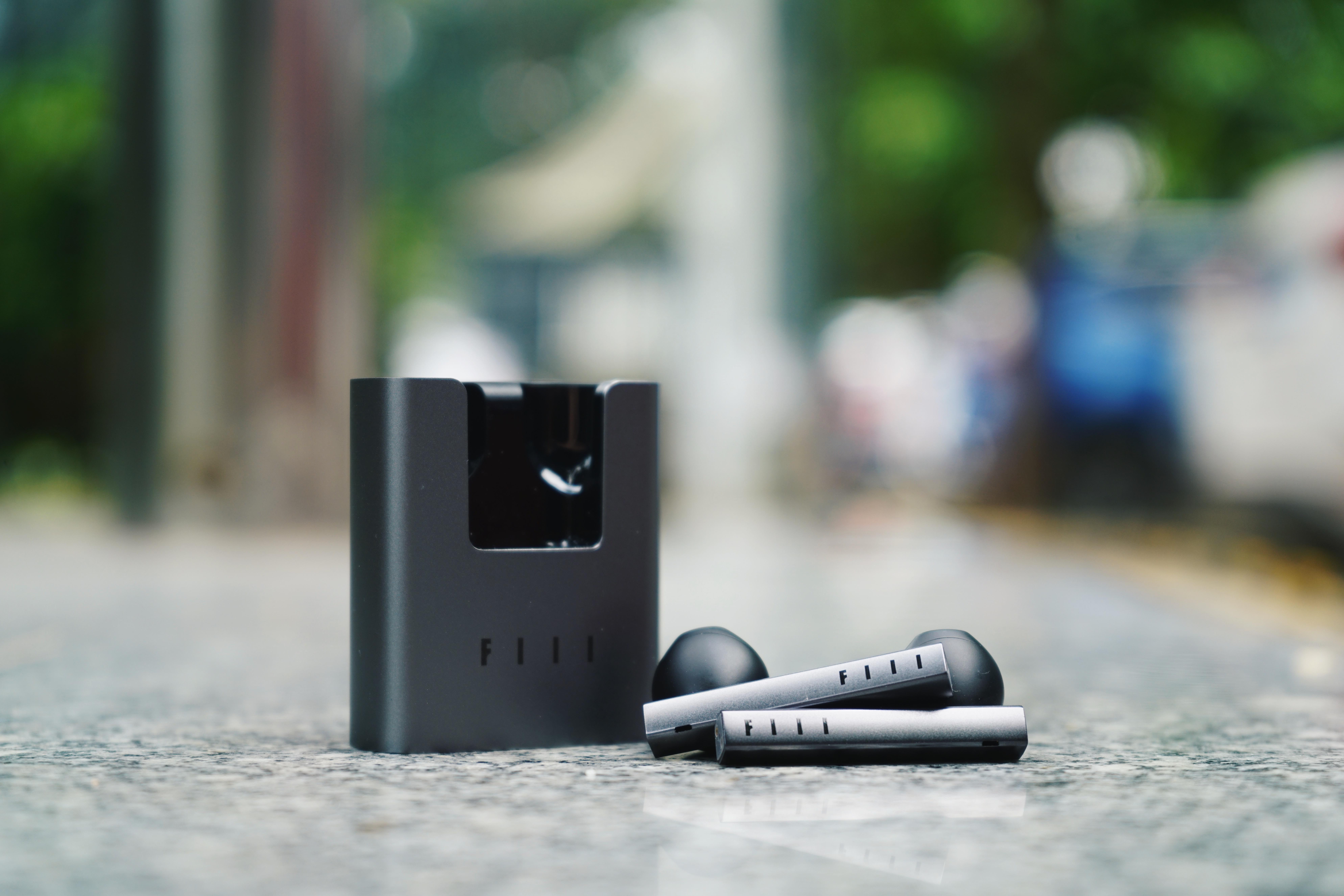 有趣做品牌,认真做产品——专访FIIL斐耳耳机CEO邬宁