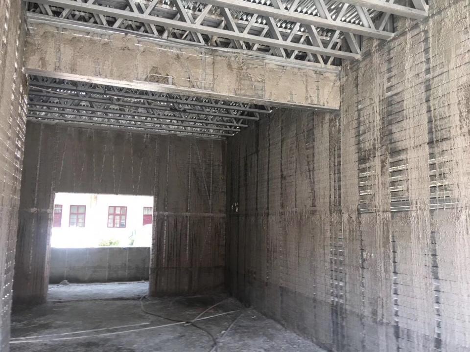 轻钢别墅用什么材料做墙