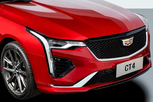 竞争宝马1系,又一全新后驱豪华座驾,凯迪拉克CT4上市23.97万起