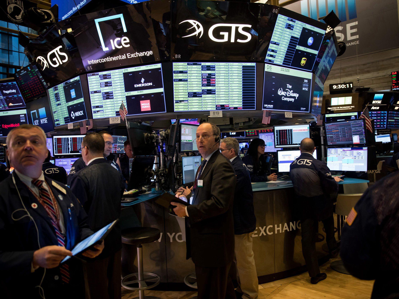 美国参议员退出总统大选 美股收高道指涨逾700点 高盛建议客户重返市场