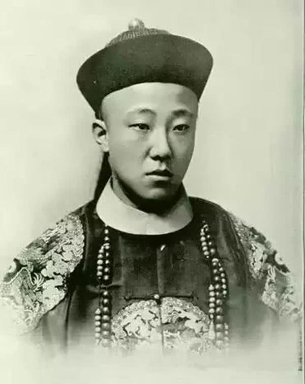 慈禧为何选择3岁的溥仪做皇帝?溥仪的叔叔说出了缘由