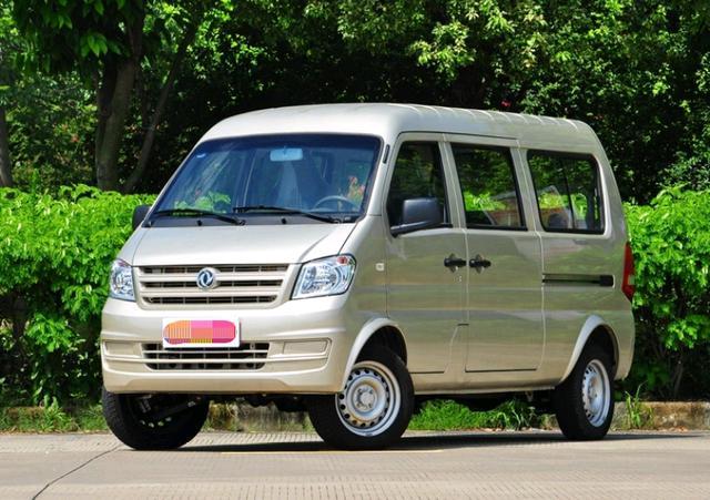 东风原装产品!这款7座车没有推广,但是价格只有28900,滑动门是标配