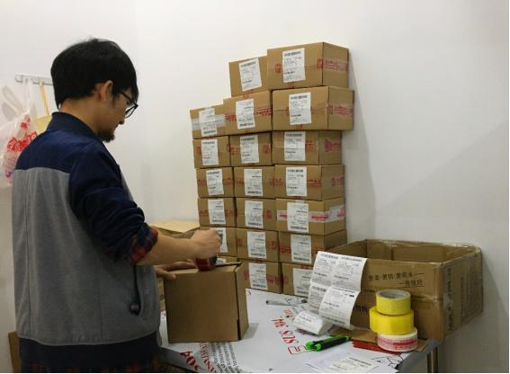 武汉解封:快递员忙了76天,忙碌还将加倍,几乎每天都在招人
