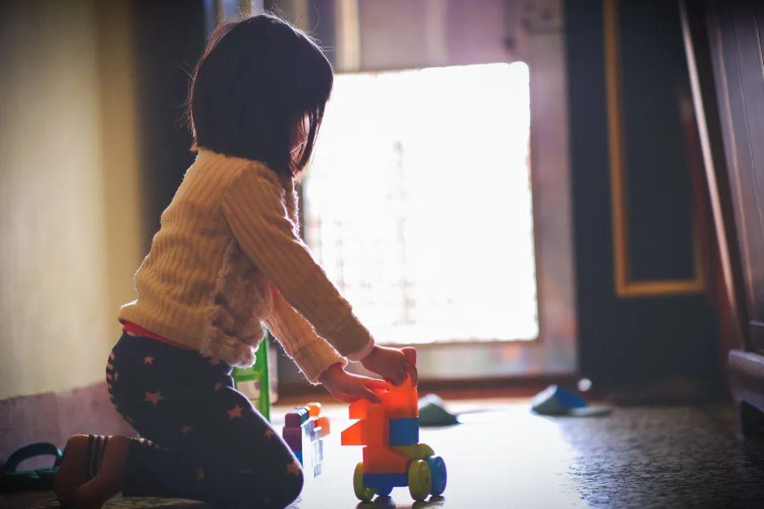 原创孩子胆小、害羞、不合群……娃的社交力该如何培养?
