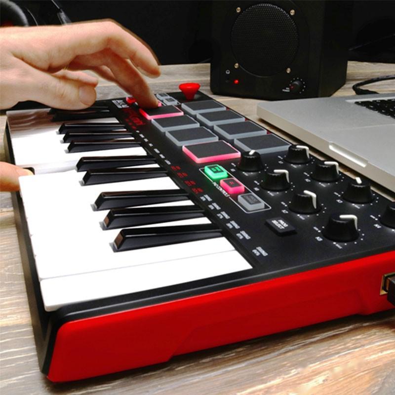 Akai Mini Mpk Mk2的介绍和演奏体验,价值700多元的MIDI键盘呢