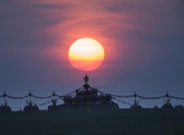 蒙古敖包 心目中的圣地