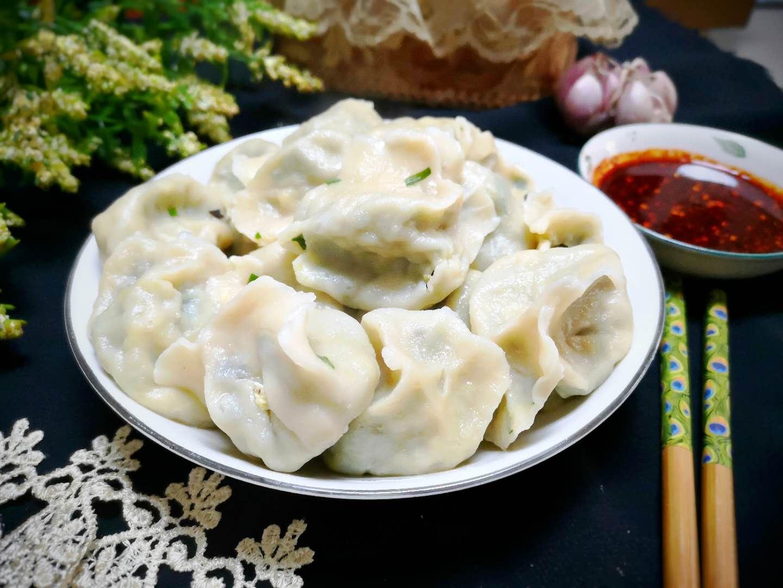自从素馅饺子学会这样做,我家每个礼拜都吃,吃起来比肉饺子都香!