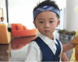 时代华娱童模――萧佳耀