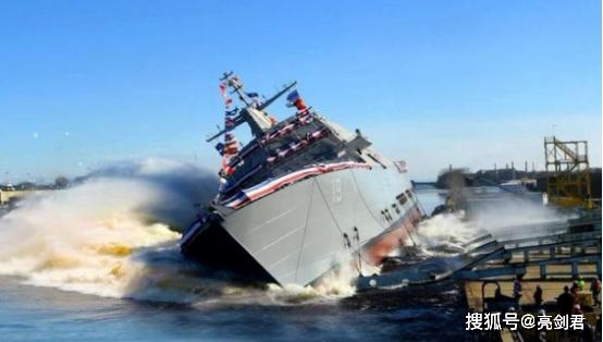 新型科幻战舰,颜值逆天的濒海战斗舰,当真是美军的失败之物?