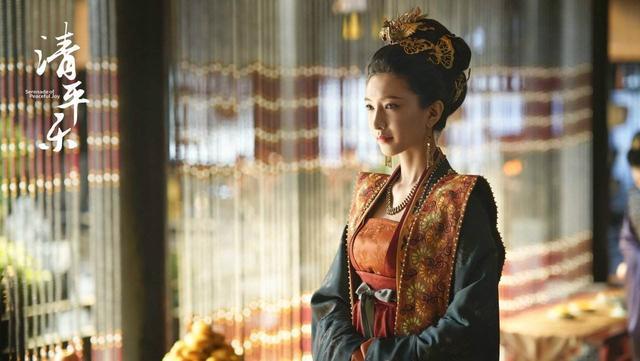 江疏影:江疏影典雅大方,还有位演过《知否》《清平乐》中的几位女演员
