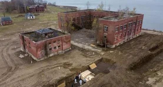 垃圾人口_纽约那些无人认领的死者,活着是垃圾人口,死了被当垃圾处理