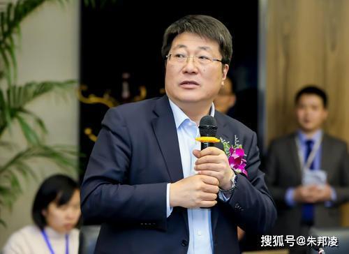 """原创 疫情难阻""""中国芯""""崛起!长江存储研发成功全球首款128层QLC闪存"""