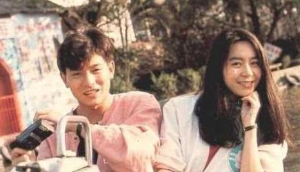 难怪刘德华不愿意晒自己老婆,看到结婚照之后,网友:这谁敢晒啊!
