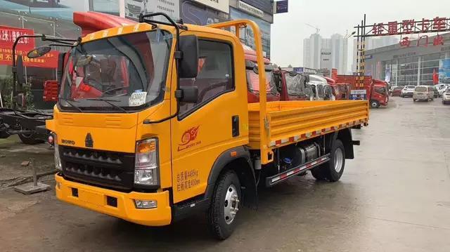 陕西益伟达中国重型卡车豪沃将是2019年技术版的116马力4.165米单排跨栏轻型卡车