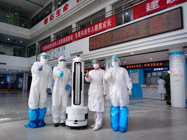 研发自主移动机器人,「优艾智合」2018、2019年完成