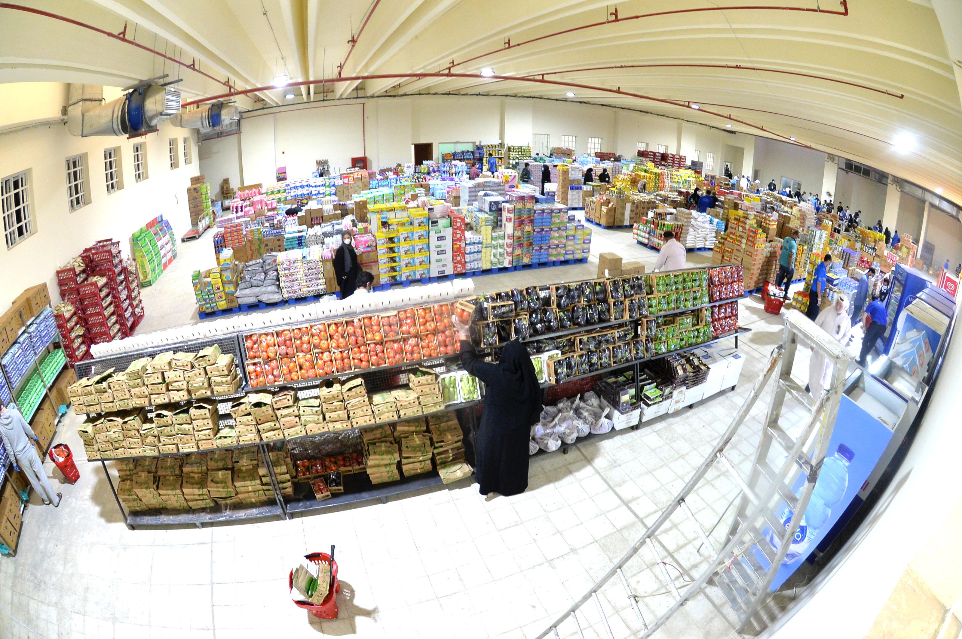 娃娃脸英文版歌�_科威特被封锁地区的居民:终于可以物了!吃货驯夫奔张湖北