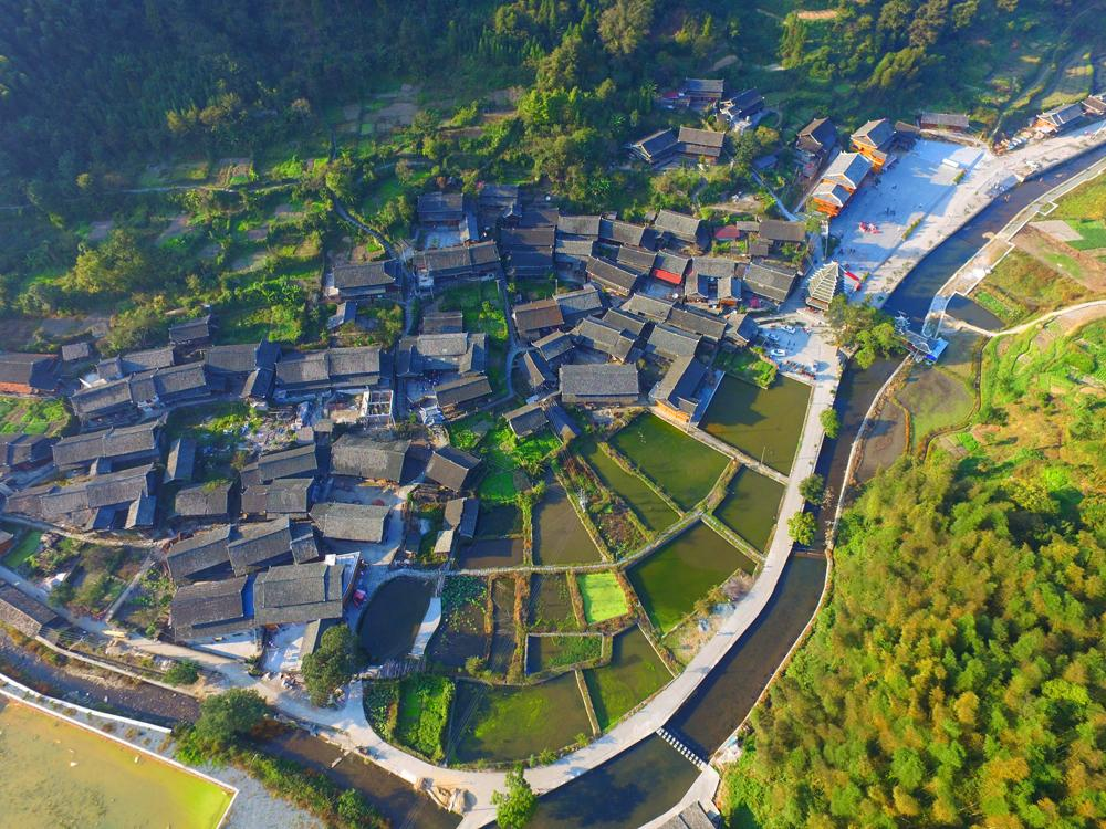 中国少数民族人口_湖南湘西小县,全县总人口32万,少数民族就有20万