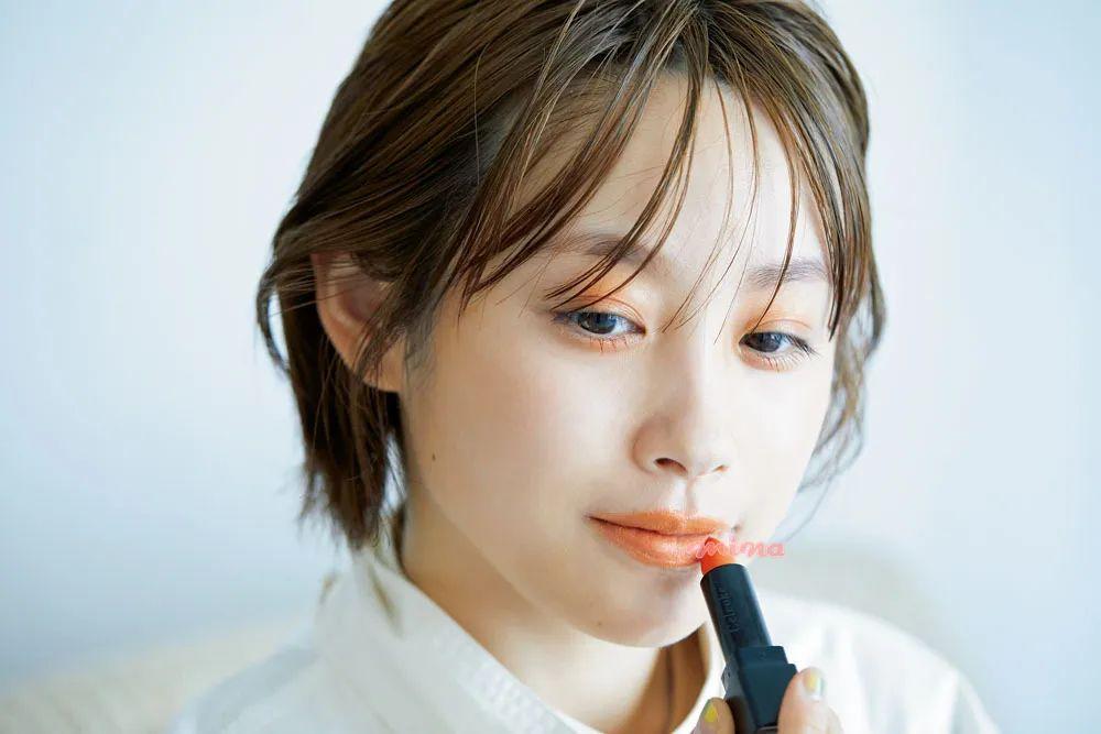 每刻美丨春夏除了pick许佳琪的【断眉泪痕妆】还有什么妆容可以copy?