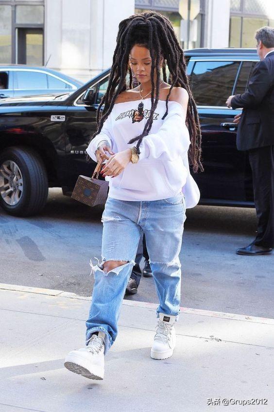 从蕾哈娜到泰勒 有人给自己腿投保10亿美金 史上最昂贵的明星腿