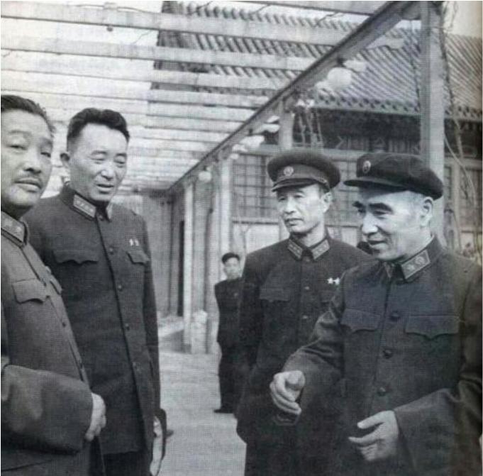 """【故事传记】拒绝当市长,女婿是张爱萍副总理他被誉为""""中国苹果之父"""""""