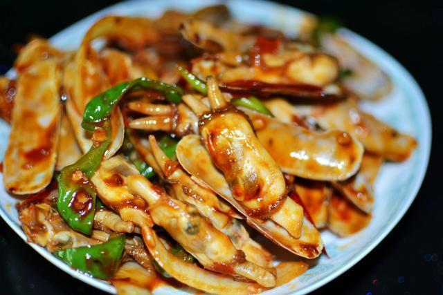 美食推荐 卤肉饭,豆瓣鸡,辣炒蛏子的做法