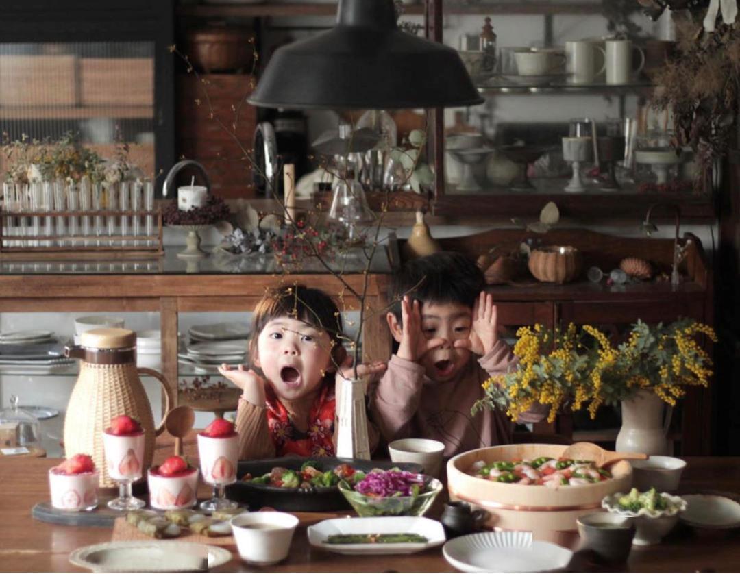 日本护士不雅照_大发快三计划 日本二胎妈妈生活照引围不都雅,异国客厅和电视 ...