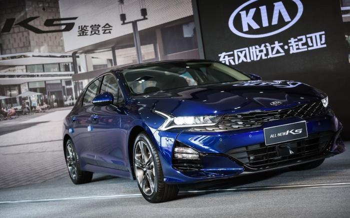 全新一代起亚K5命名凯酷,轴距加长,9月上市