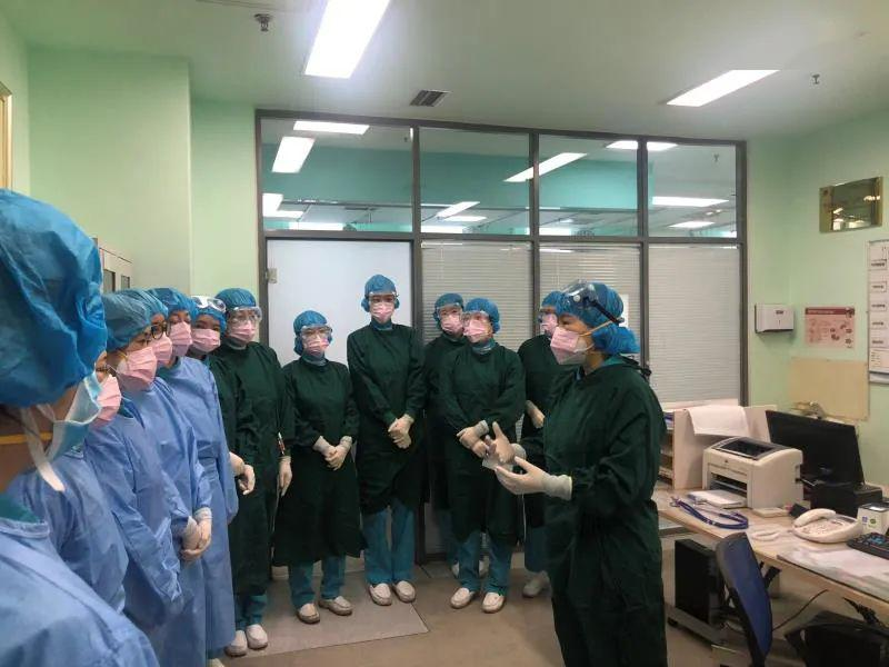 【抗击疫情复工复产】战斗在一线的巾帼文明岗——大医二院急诊中心护理团队
