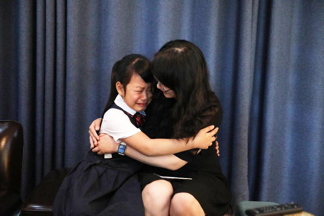 【暖心】等了87天!这位跳舞的小女孩终于拥抱了妈妈!