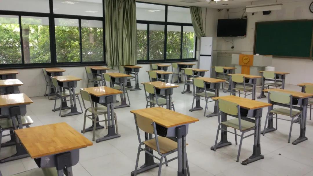高三学生需要做检测 网友:武汉学子太难了!
