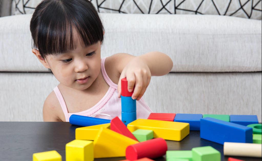 原创 网友说:小学生专注力不强是因为玩具太多,是真的吗?为什么?