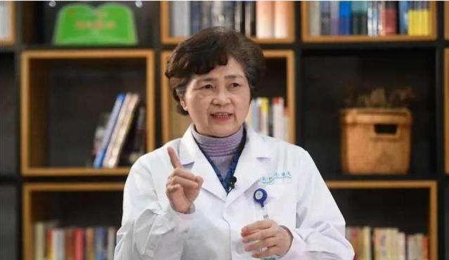 原创 李兰娟院士应邀给美国专家上网课,全程使用汉语,对此你怎么看