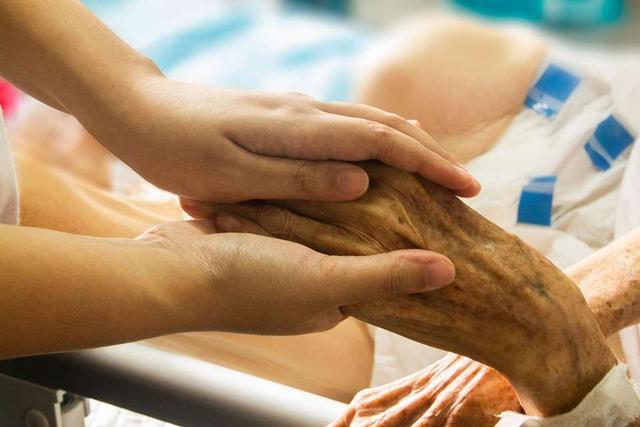 """原创不是安乐死!面对剩余不多的寿命,这种治疗让患者有尊严""""谢幕"""""""