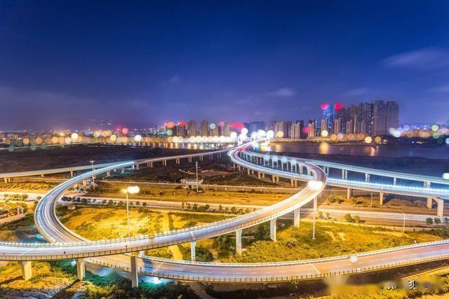 泉港人均gdp_泉港锦绣公园图片