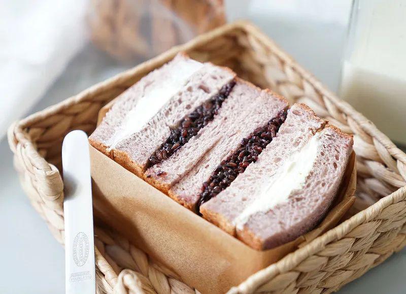 「面包」一顿不超4元!?网红紫米面包C位出道!,10min搞定营养早餐
