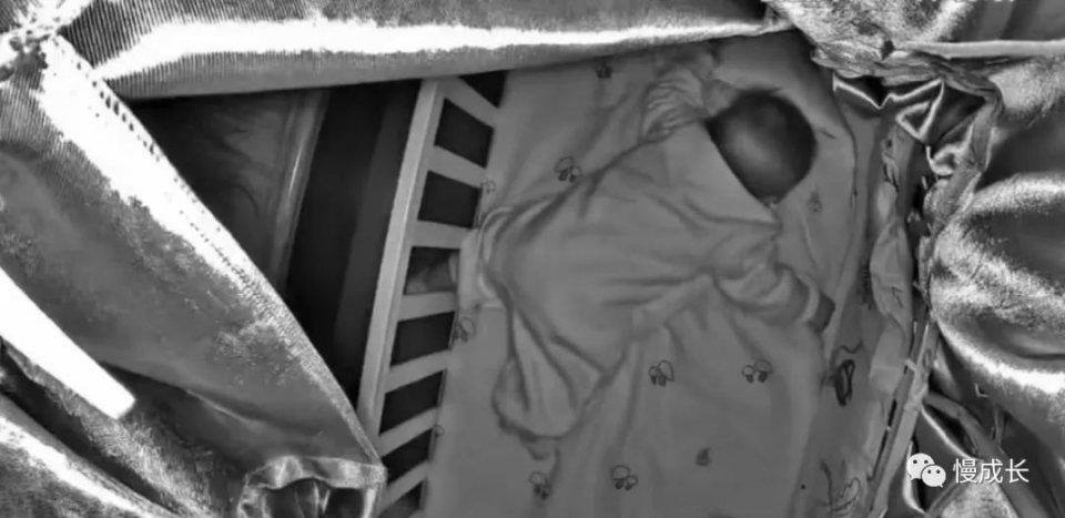 原创三个月孩子被睡眠训练闷死:关于母爱,千万别迷信育儿PUA!