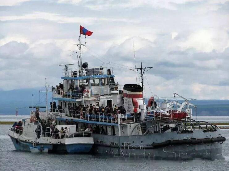 乌兹别克斯坦很不幸,巨资购买40艘军舰,结果海域缩小等着生锈