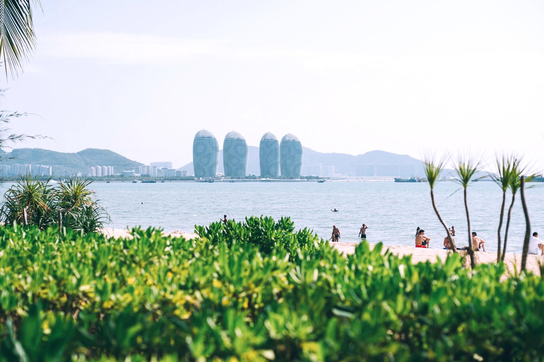 三亚首个免费4A景区,深受俄罗斯游客青睐,沙滩上随处可见比基尼