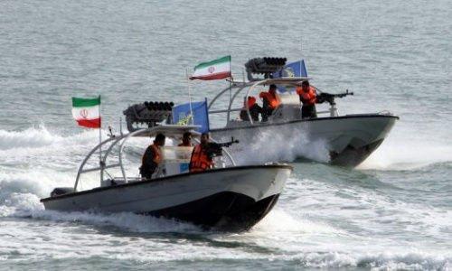 """美欲摧毁骚扰美船只的伊朗炮舰 美国总统特朗普又在""""满嘴跑火车"""""""