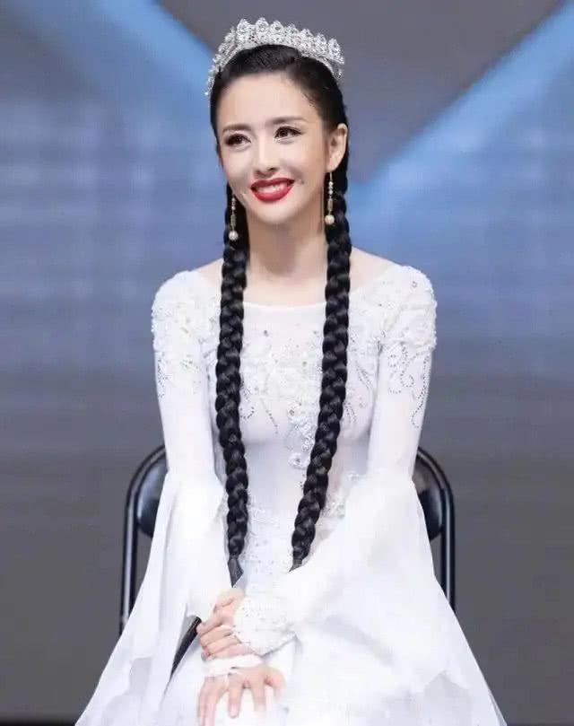 『佟丽娅』37岁的佟丽娅 遇见白色长裙到底有多美?,